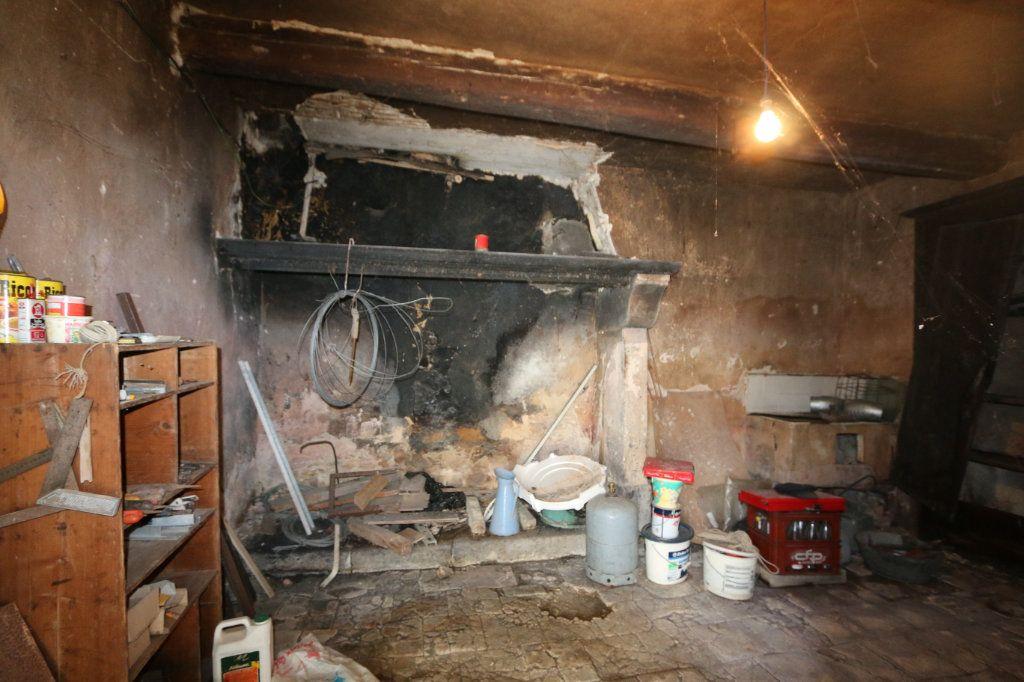 Maison à vendre 8 140m2 à Vallon-Pont-d'Arc vignette-6