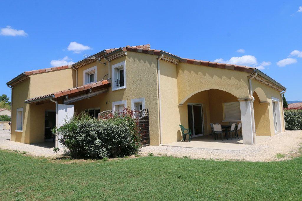 Maison à vendre 10 252m2 à Vallon-Pont-d'Arc vignette-2