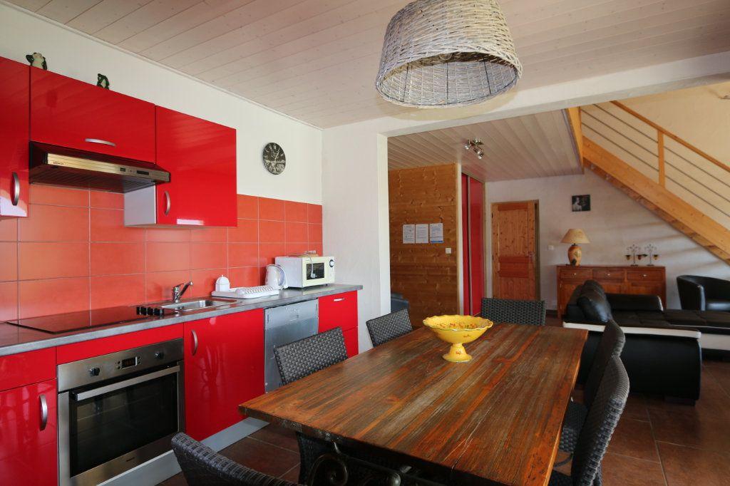 Maison à vendre 10 252m2 à Vallon-Pont-d'Arc vignette-6