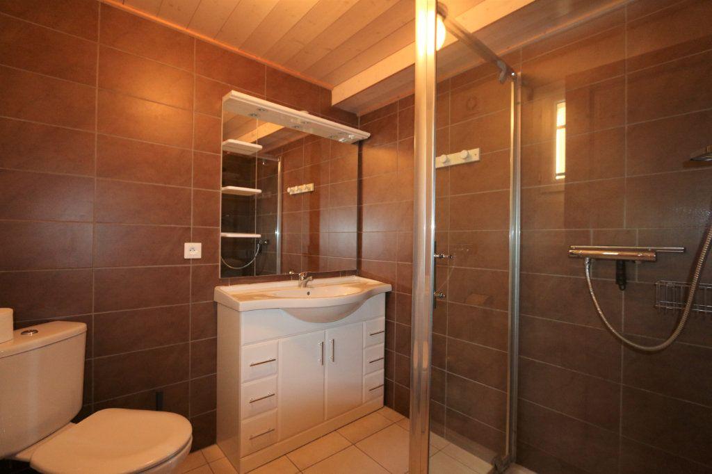 Maison à vendre 10 252m2 à Vallon-Pont-d'Arc vignette-9
