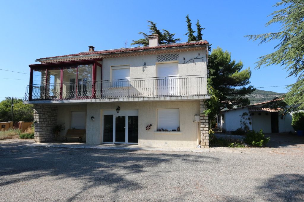 Maison à vendre 6 160m2 à Saint-Remèze vignette-1