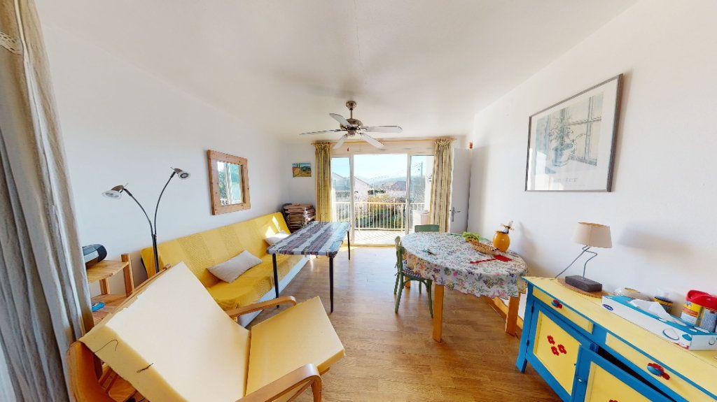 Appartement à vendre 1 30m2 à Vallon-Pont-d'Arc vignette-1