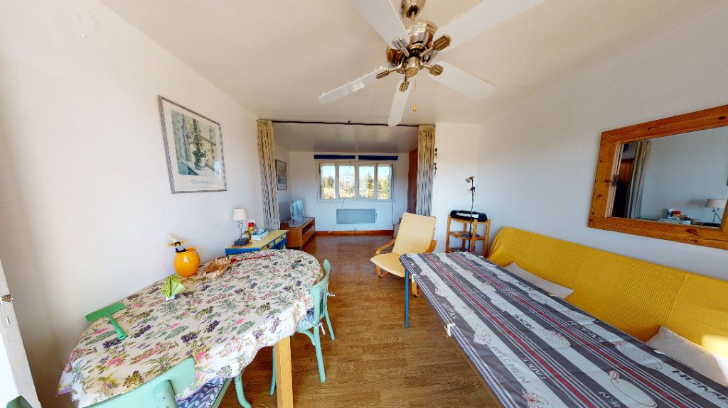 Appartement à vendre 1 30m2 à Vallon-Pont-d'Arc vignette-2