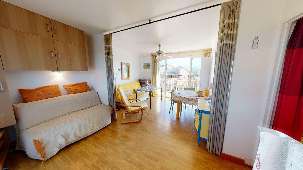 Appartement à vendre 1 30m2 à Vallon-Pont-d'Arc vignette-4
