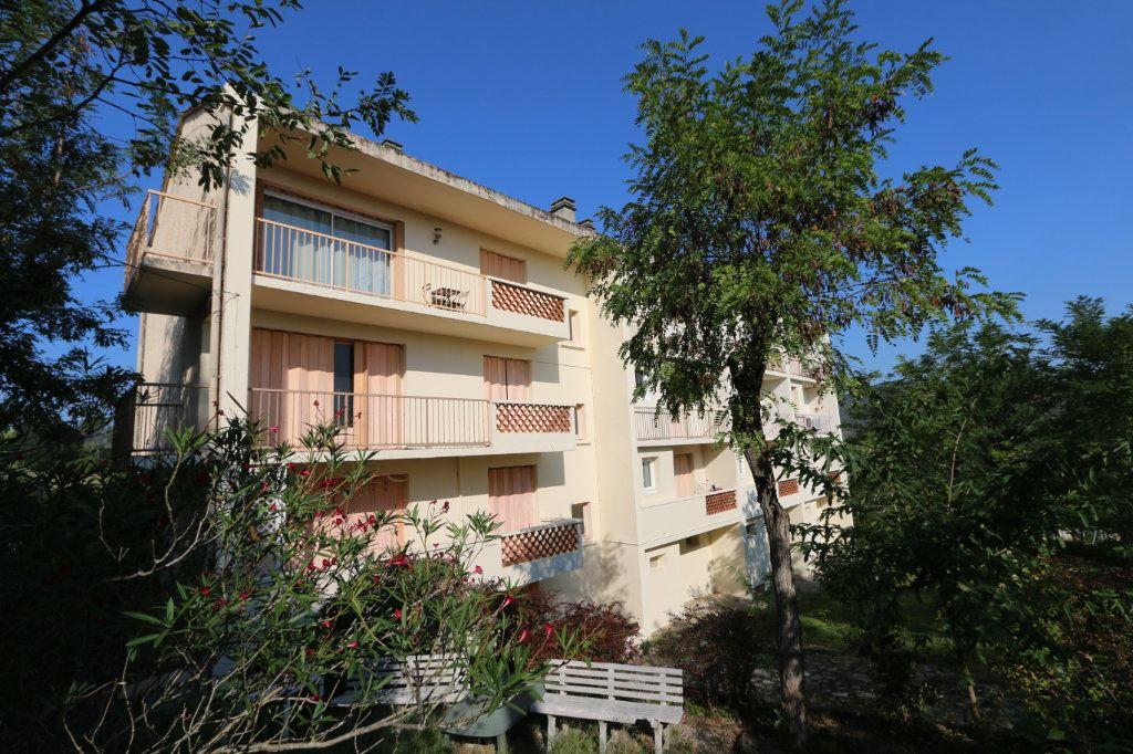 Appartement à vendre 1 30m2 à Vallon-Pont-d'Arc vignette-7