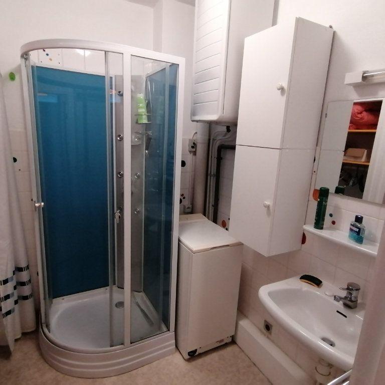 Appartement à vendre 1 30m2 à Vallon-Pont-d'Arc vignette-9