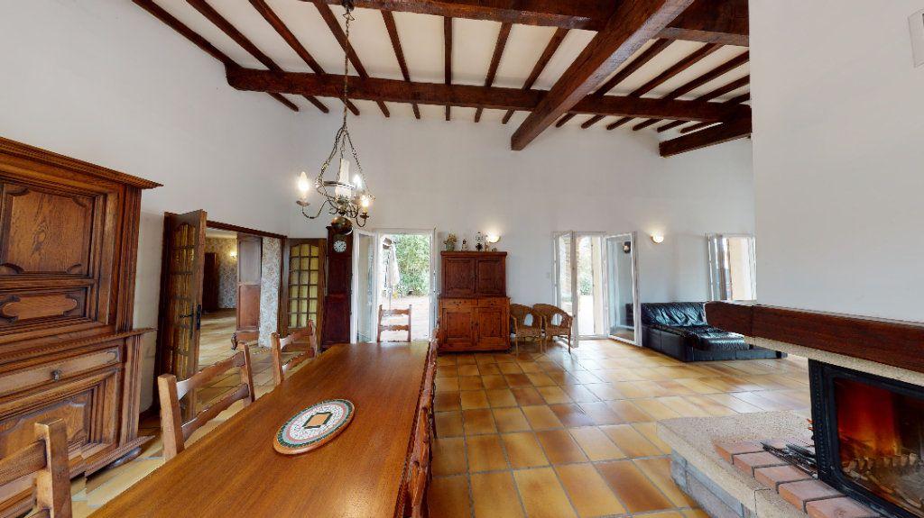 Maison à vendre 10 260m2 à Vallon-Pont-d'Arc vignette-4