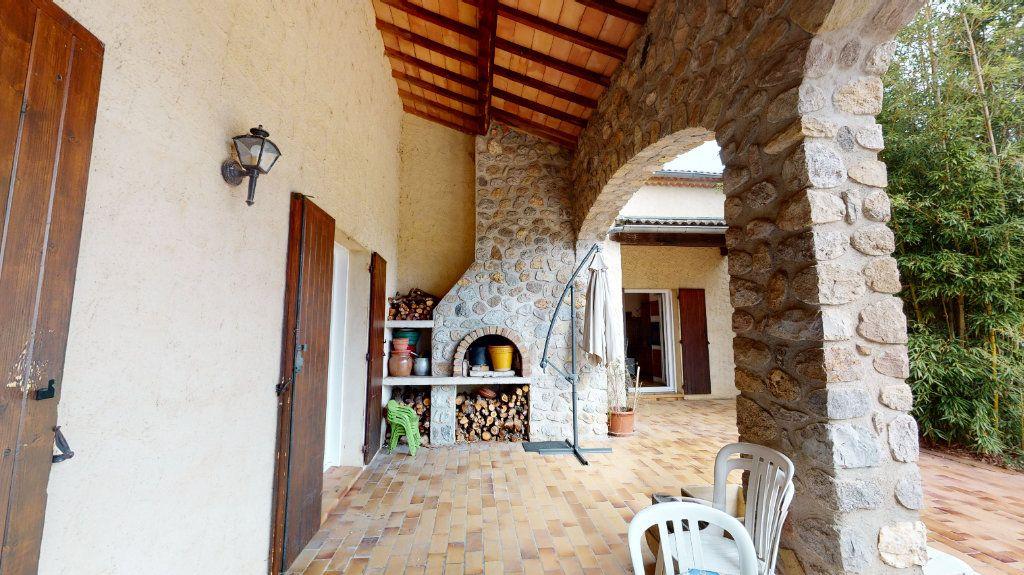 Maison à vendre 10 260m2 à Vallon-Pont-d'Arc vignette-6