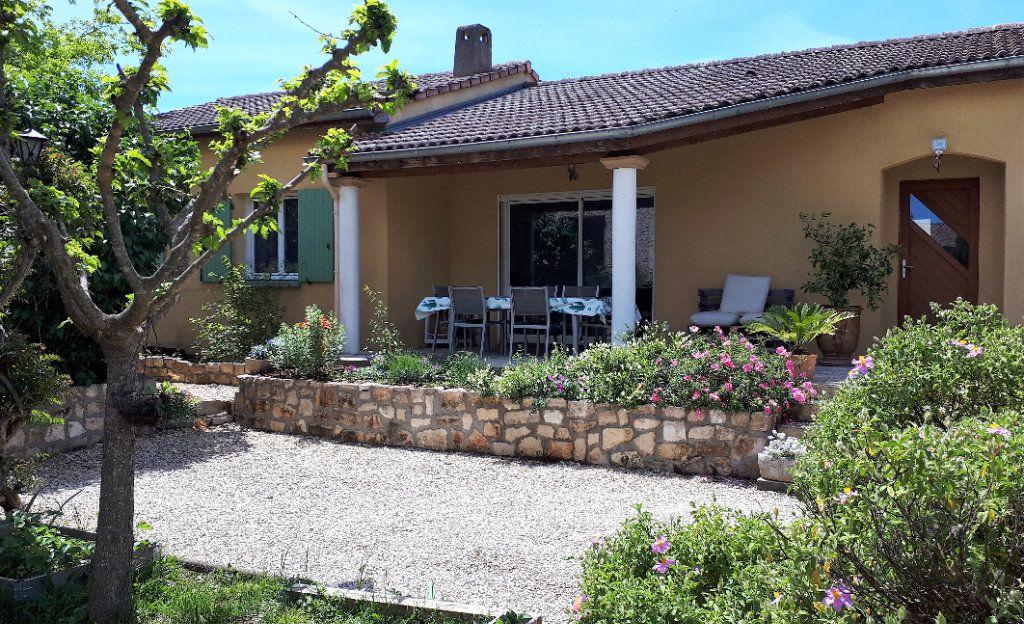 Maison à vendre 10 260m2 à Vallon-Pont-d'Arc vignette-10