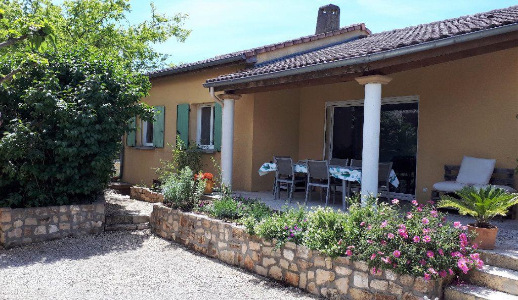 Maison à vendre 10 260m2 à Vallon-Pont-d'Arc vignette-11