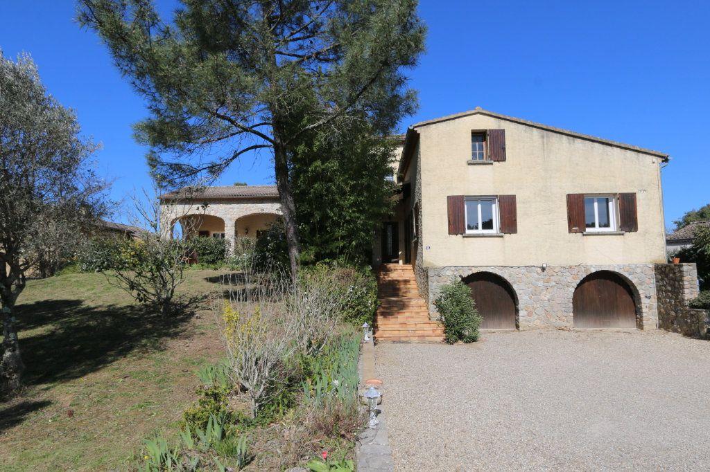 Maison à vendre 10 260m2 à Vallon-Pont-d'Arc vignette-18