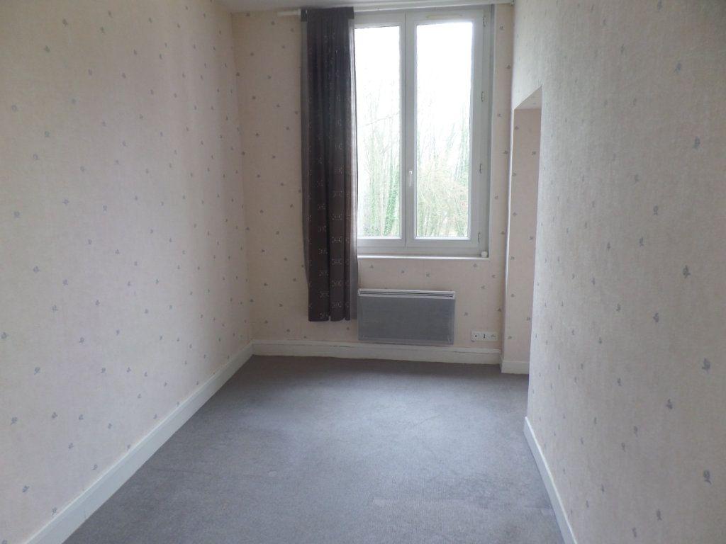 Appartement à louer 3 83m2 à Saint-Léger-du-Bourg-Denis vignette-6