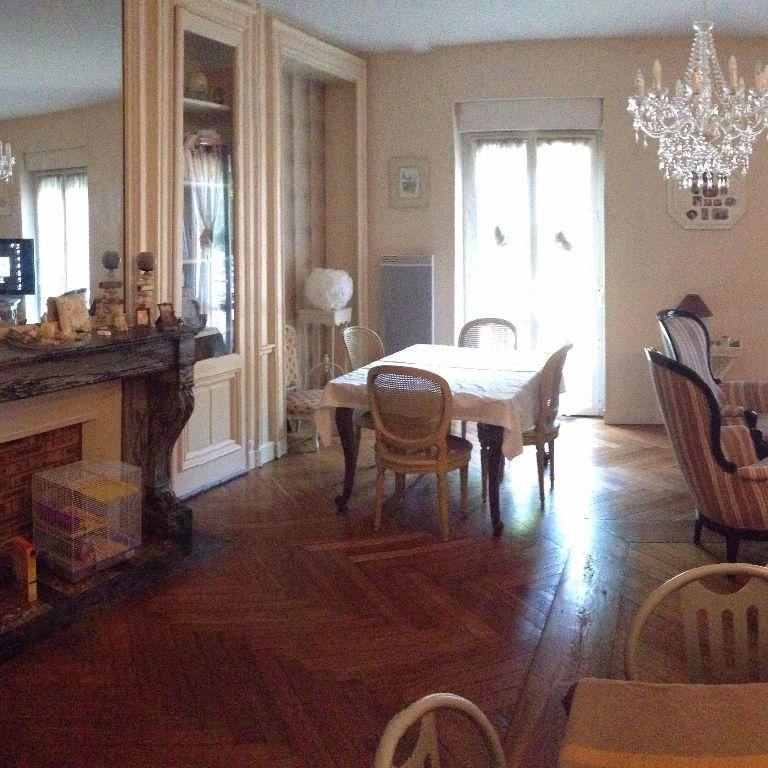 Appartement à louer 3 87m2 à Saint-Léger-du-Bourg-Denis vignette-1