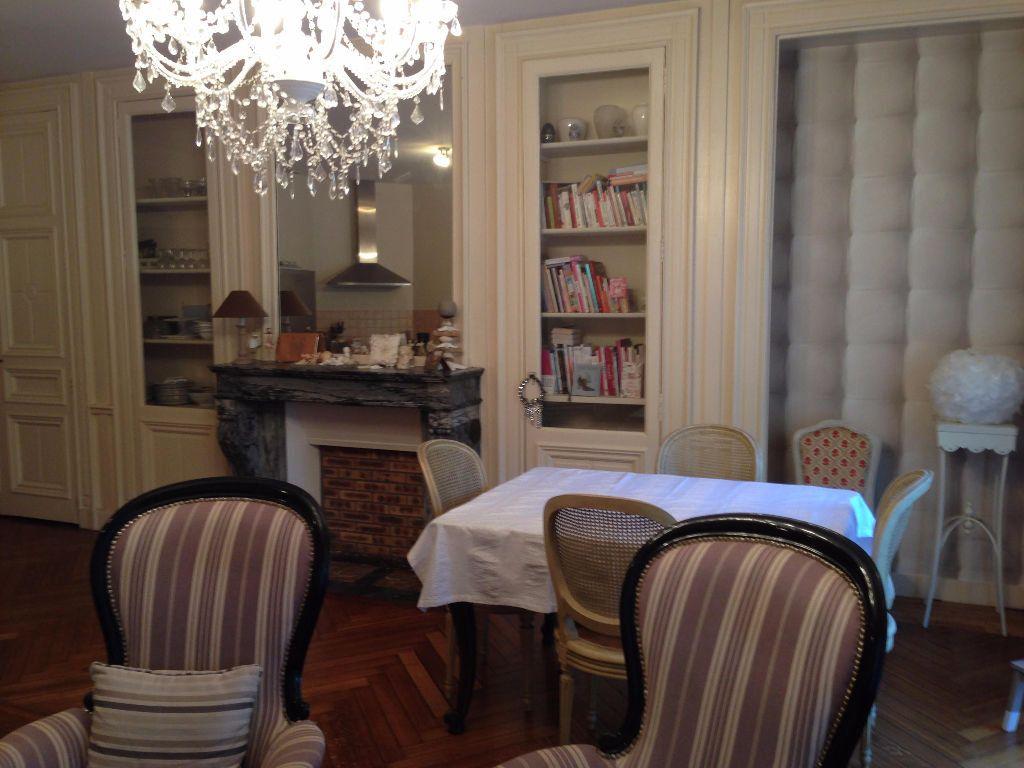 Appartement à louer 3 87m2 à Saint-Léger-du-Bourg-Denis vignette-2