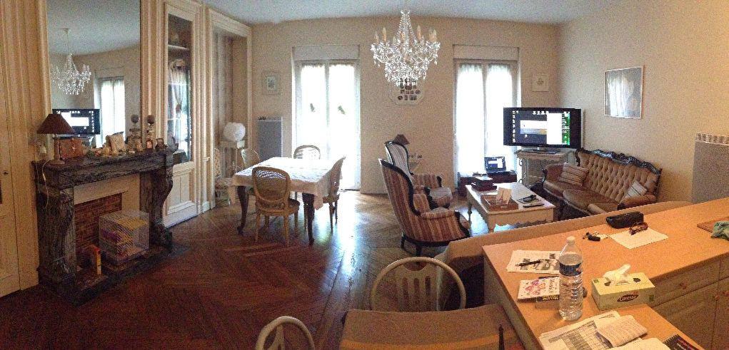 Appartement à louer 3 87m2 à Saint-Léger-du-Bourg-Denis vignette-3