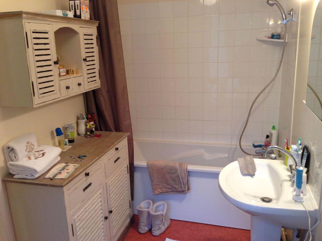 Appartement à louer 3 87m2 à Saint-Léger-du-Bourg-Denis vignette-9