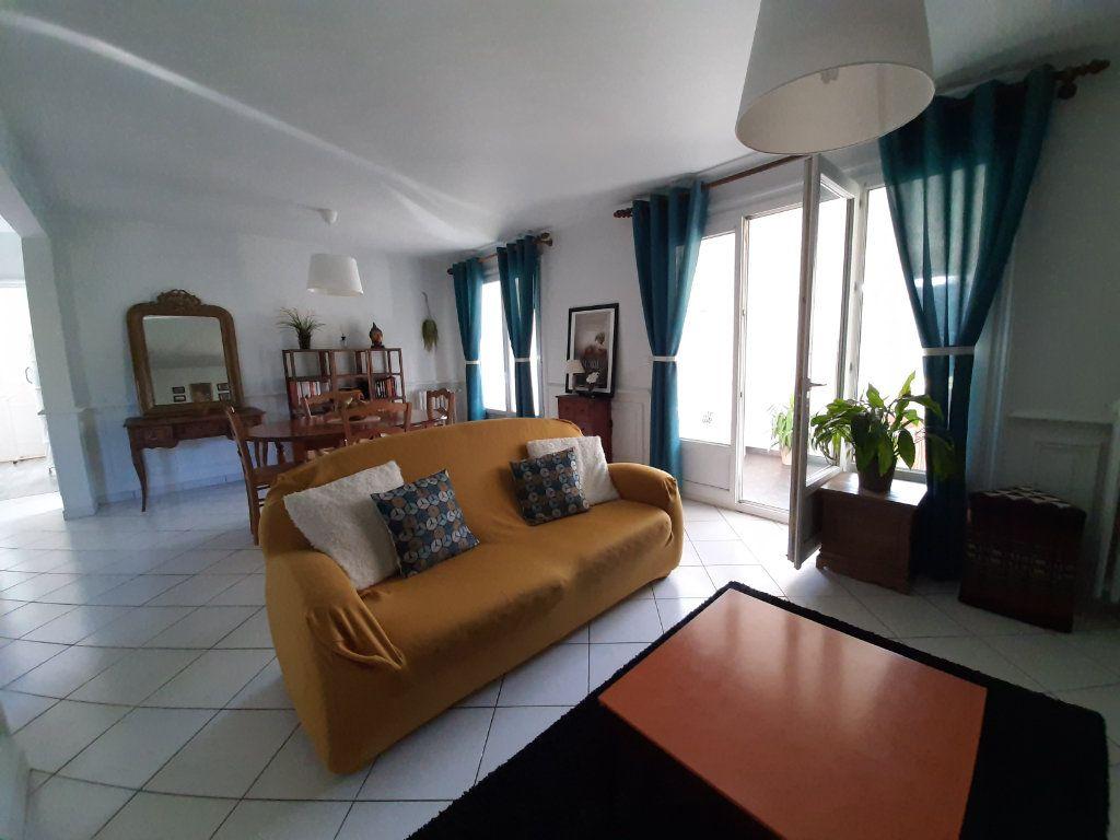 Maison à louer 6 88m2 à Saint-Martin-du-Vivier vignette-3