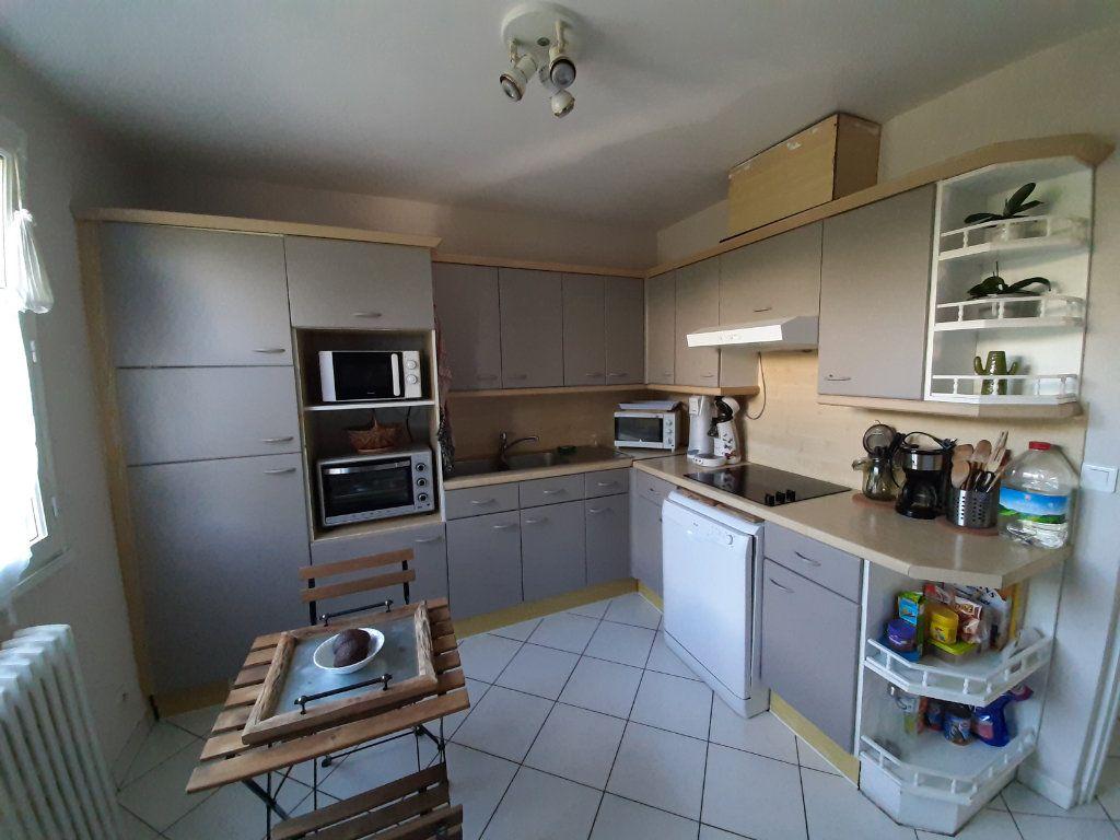 Maison à louer 6 88m2 à Saint-Martin-du-Vivier vignette-6