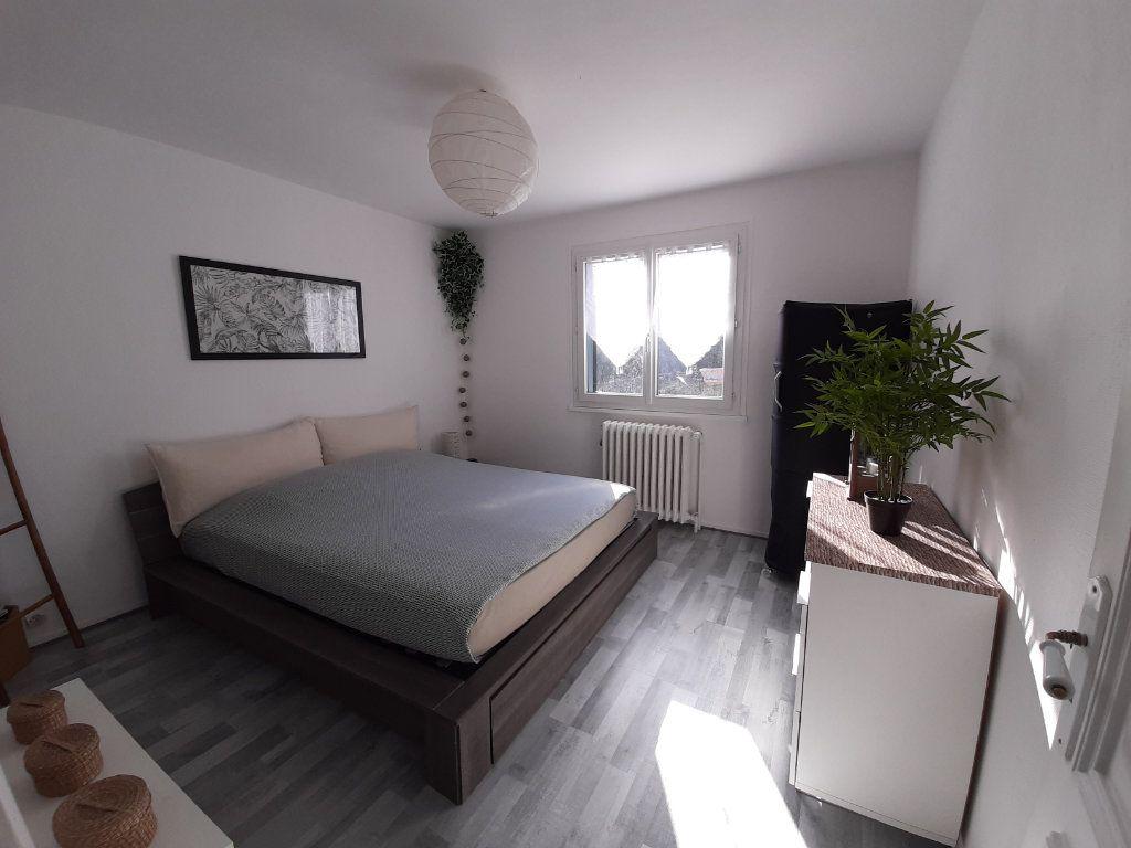 Maison à louer 6 88m2 à Saint-Martin-du-Vivier vignette-9