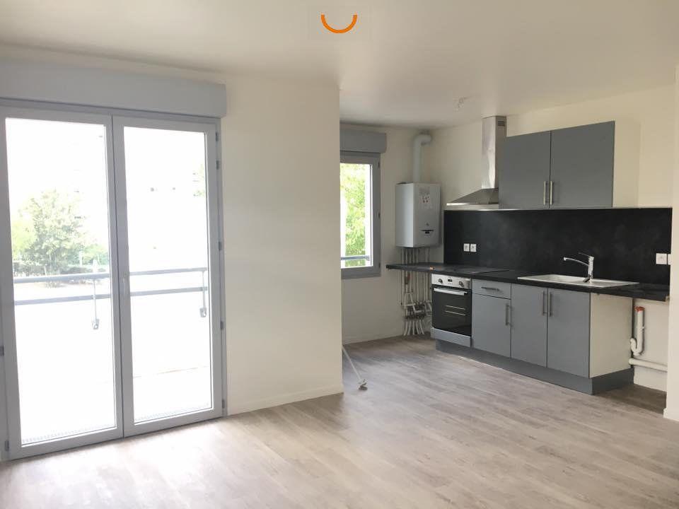 Appartement à louer 4 75.1m2 à Rouen vignette-2