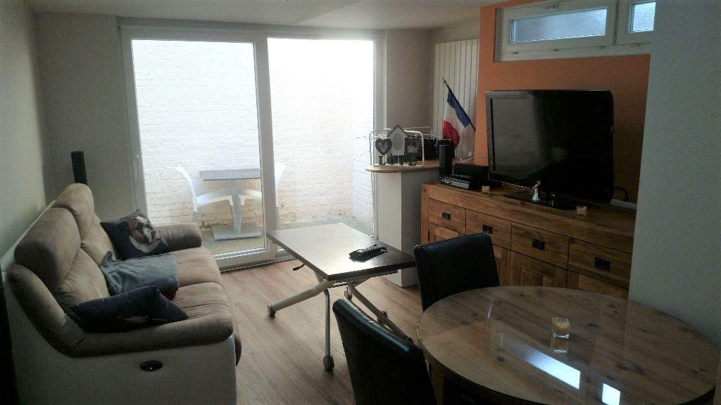 Appartement à louer 2 38m2 à Sotteville-lès-Rouen vignette-1