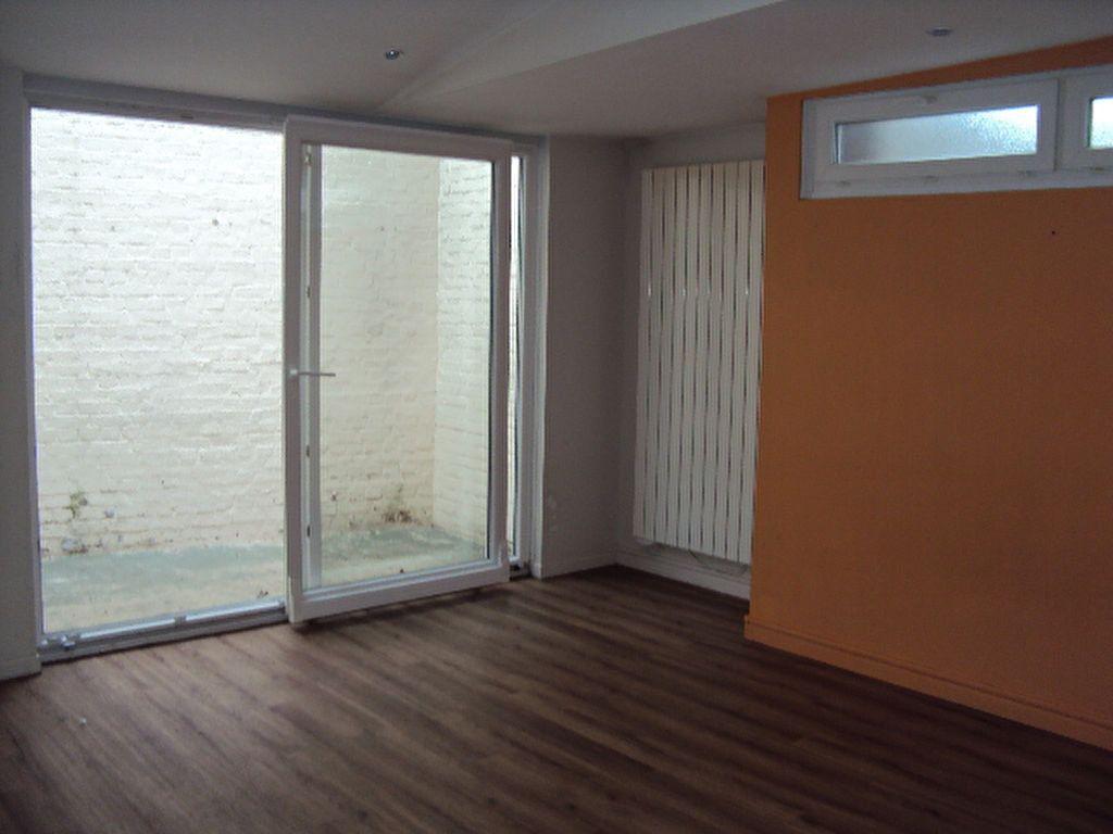 Appartement à louer 2 38m2 à Sotteville-lès-Rouen vignette-2