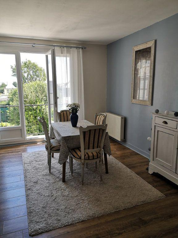 Appartement à louer 3 68m2 à Bihorel vignette-2