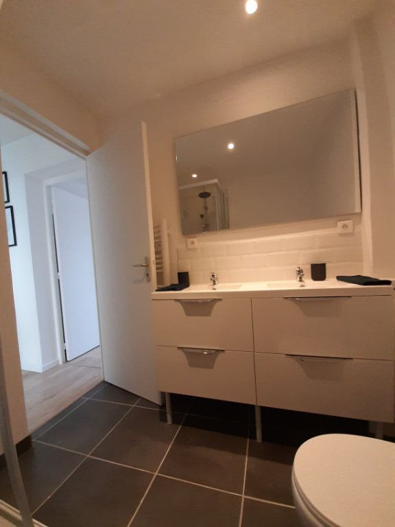 Appartement à louer 5 88m2 à Rouen vignette-9