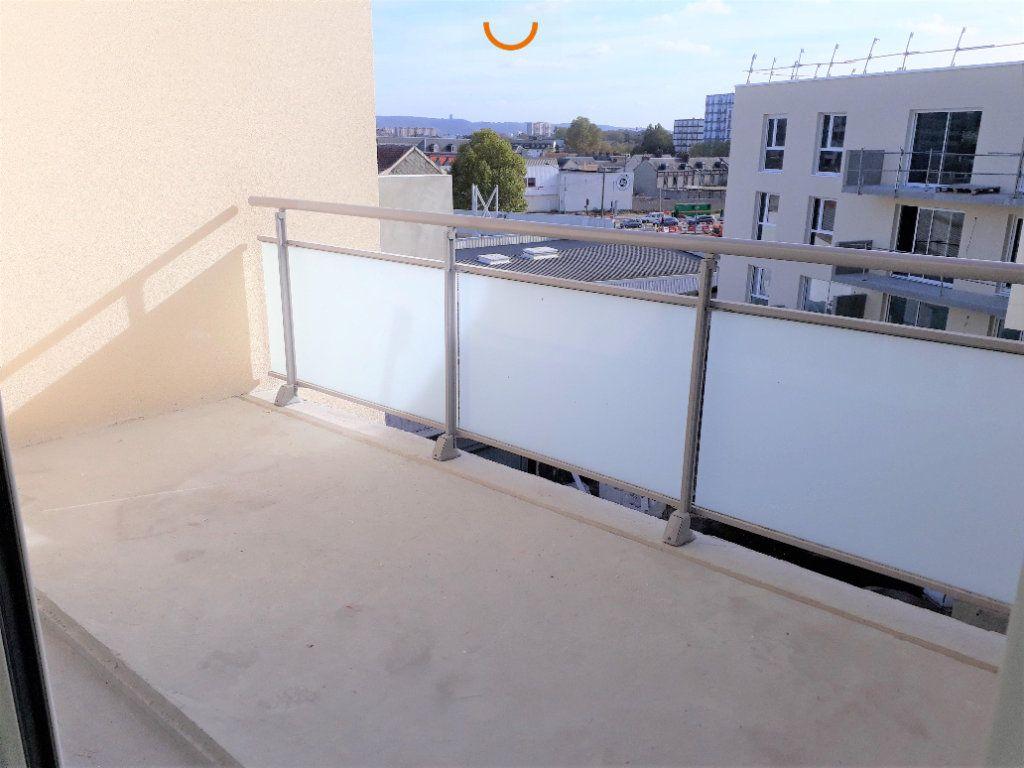 Appartement à louer 2 43.16m2 à Le Petit-Quevilly vignette-2