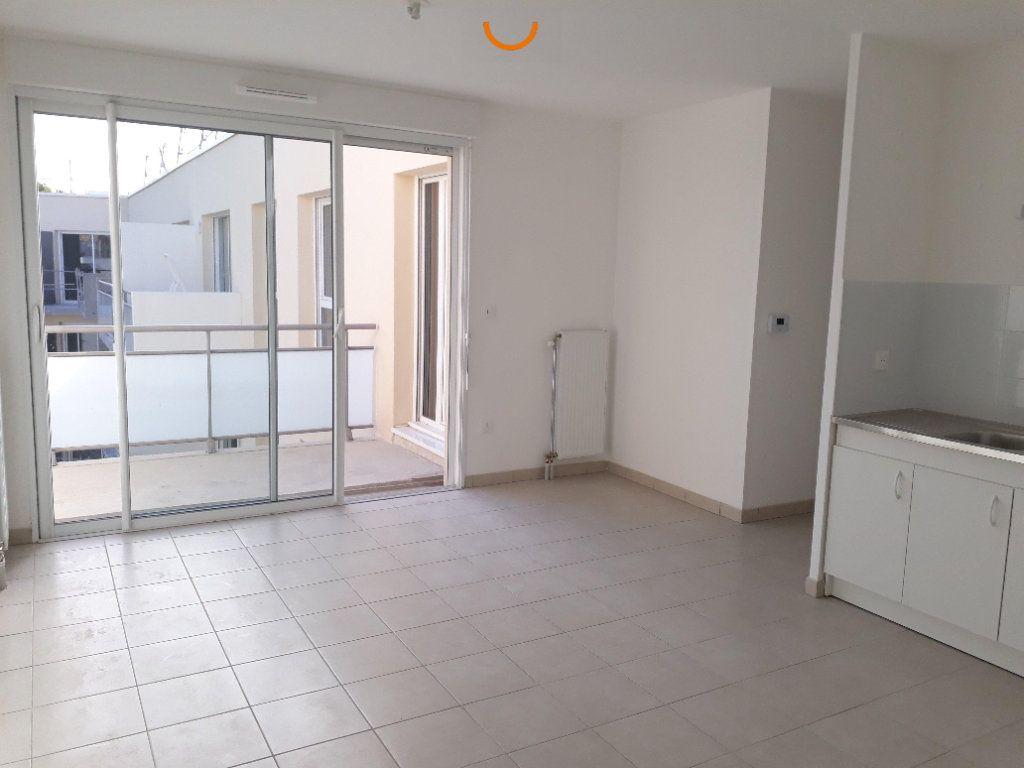 Appartement à louer 2 43.16m2 à Le Petit-Quevilly vignette-4
