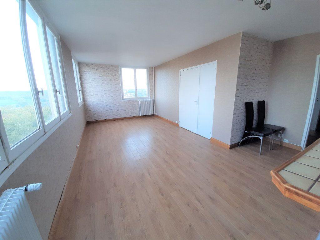 Appartement à vendre 3 68.34m2 à Rouen vignette-1