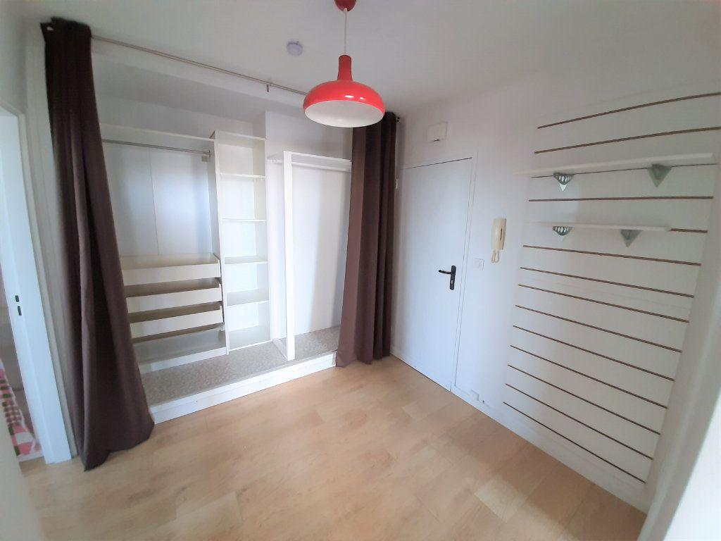 Appartement à vendre 3 68.34m2 à Rouen vignette-8