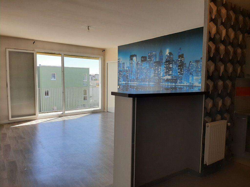 Appartement à vendre 4 88.55m2 à Rouen vignette-3