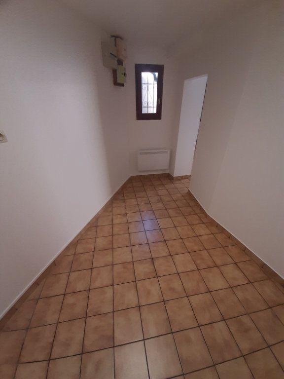 Appartement à louer 2 39m2 à Sotteville-lès-Rouen vignette-2