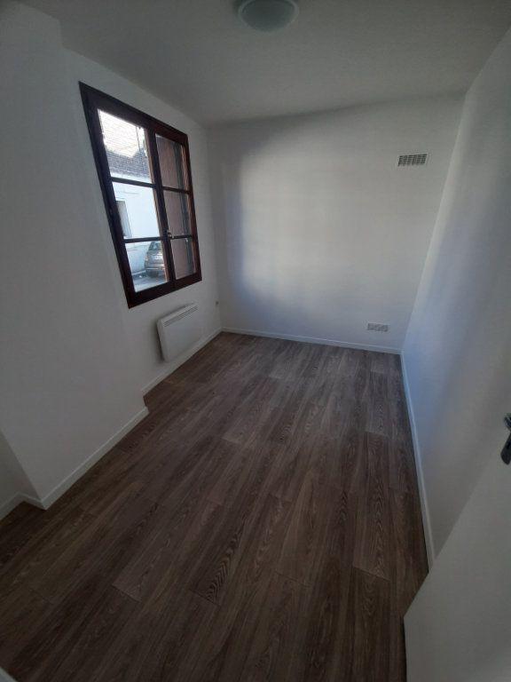 Appartement à louer 2 39m2 à Sotteville-lès-Rouen vignette-4
