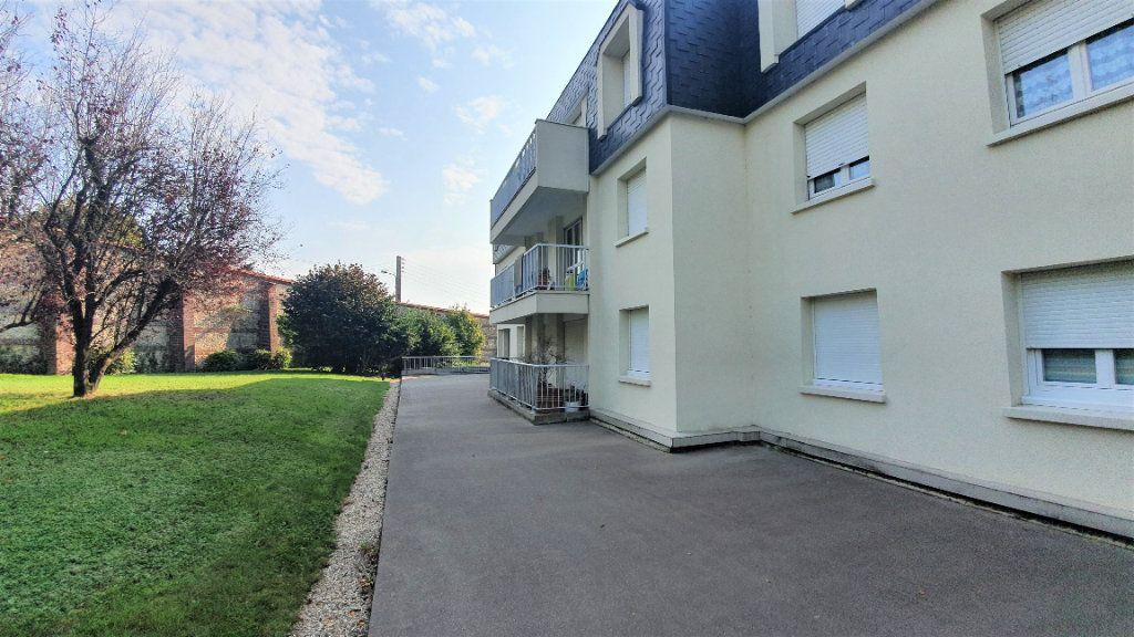 Appartement à vendre 4 83m2 à Bois-Guillaume vignette-2