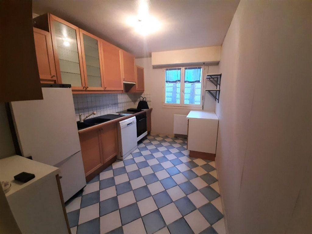 Appartement à vendre 4 83m2 à Bois-Guillaume vignette-4