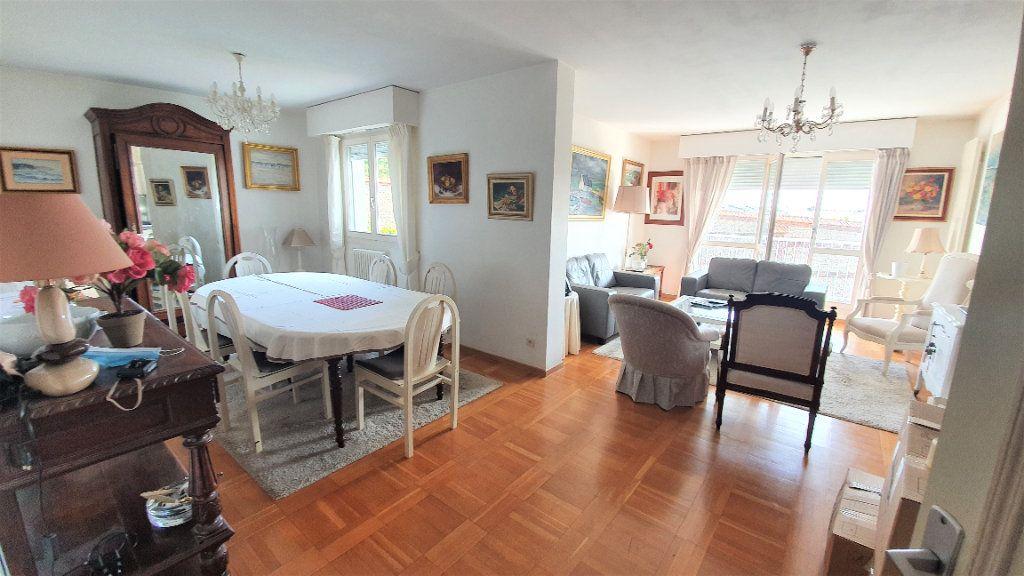 Appartement à vendre 4 83m2 à Bois-Guillaume vignette-12