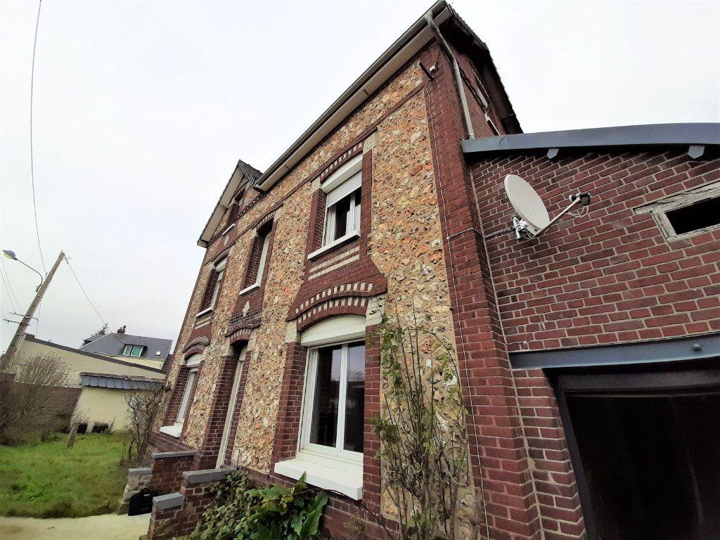 Maison à vendre 8 196m2 à Le Mesnil-Esnard vignette-1