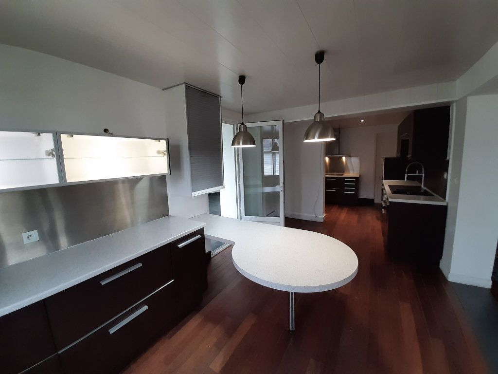 Maison à vendre 8 196m2 à Le Mesnil-Esnard vignette-3