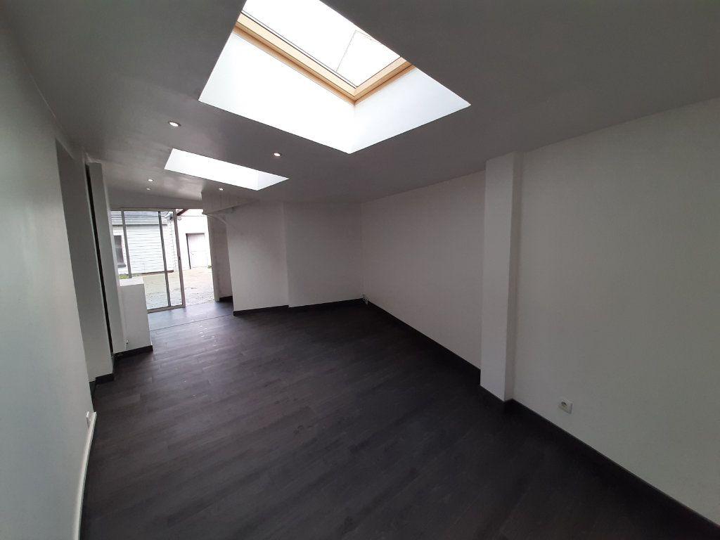 Maison à vendre 8 196m2 à Le Mesnil-Esnard vignette-6