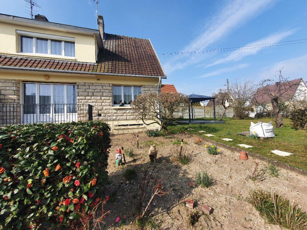 Maison à vendre 4 80m2 à Saint-Étienne-du-Rouvray vignette-1