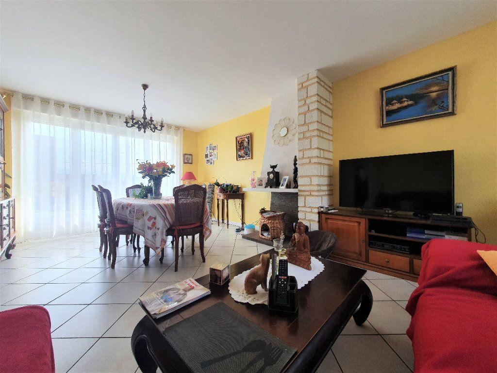 Maison à vendre 4 80m2 à Saint-Étienne-du-Rouvray vignette-4