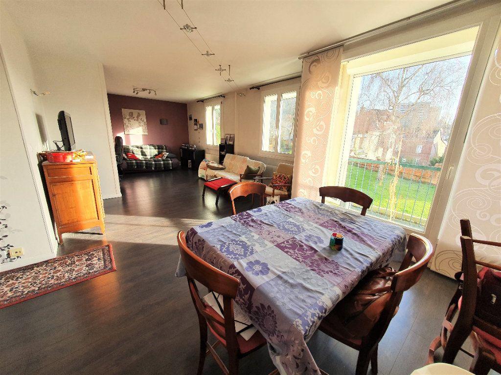 Appartement à vendre 5 97.36m2 à Rouen vignette-2