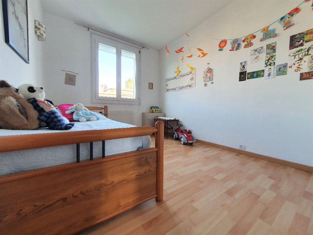 Appartement à vendre 5 97.36m2 à Rouen vignette-8