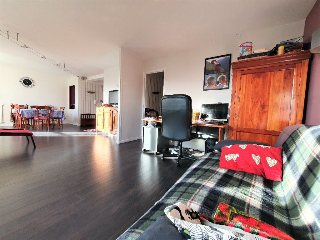 Appartement à vendre 5 97.36m2 à Rouen vignette-9