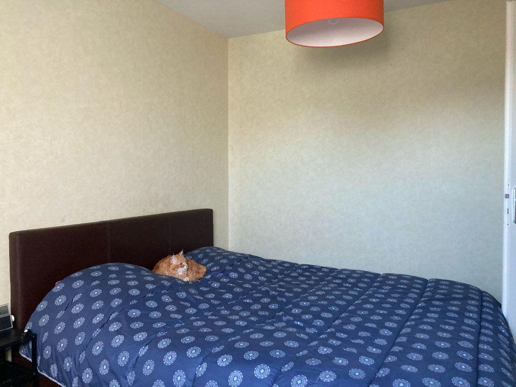 Appartement à vendre 4 72m2 à Saint-Aubin-lès-Elbeuf vignette-8