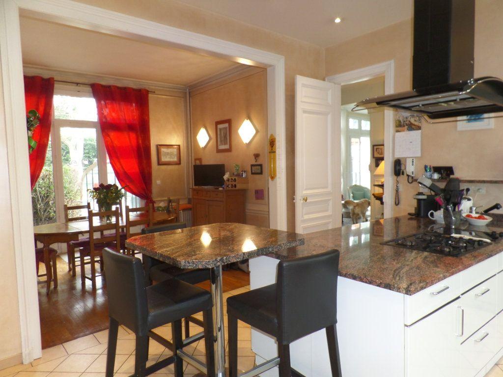 Maison à vendre 11 360m2 à Elbeuf vignette-11