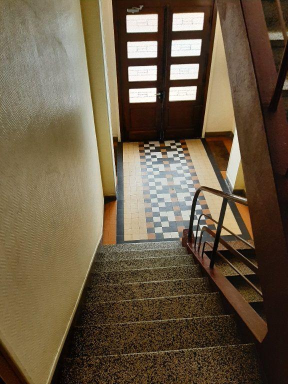 Appartement à louer 5 82.36m2 à Rouen vignette-2