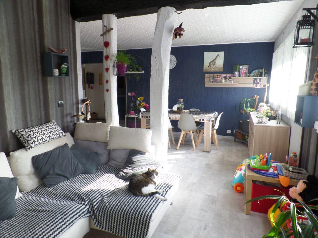 Appartement à vendre 5 93.61m2 à Caudebec-lès-Elbeuf vignette-3